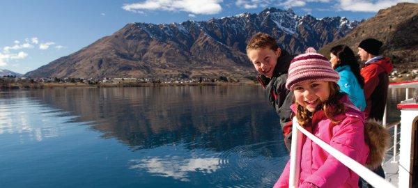 Family-cruise-on-Lake-Wakatipu,-winter-web.jpg